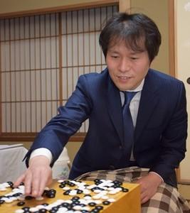 伊田篤史十段挑戰開張! 最年少新銳扳平高尾
